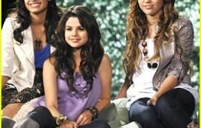 """Jonas Brothers, Miley Cyrus y otras """"estrellas"""" Disney juntas por una buena causa"""