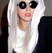 Lady GaGa podría aparecer en Modern Family