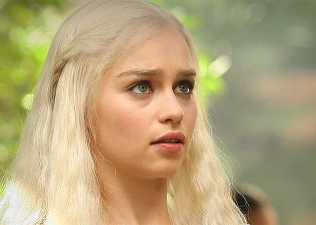 Emilia clarke game of thrones s01e02 2011 1080p - 3 7